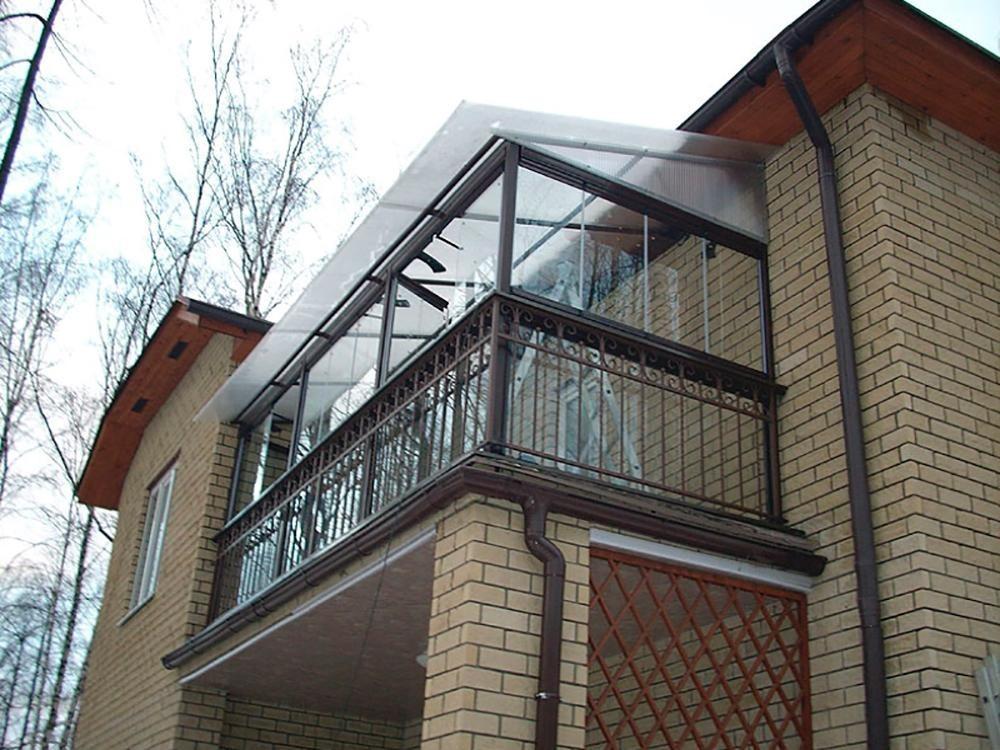 Как сделать балконы в частных домах фото.