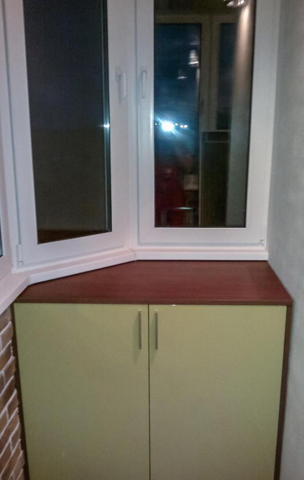 Примеры изготовления тумбочек для балконов и лоджий.
