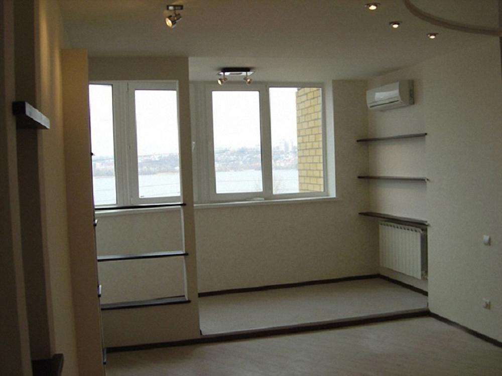 """Совмещение балкона с комнатой - окна """"эксклюзив"""" остекление ."""