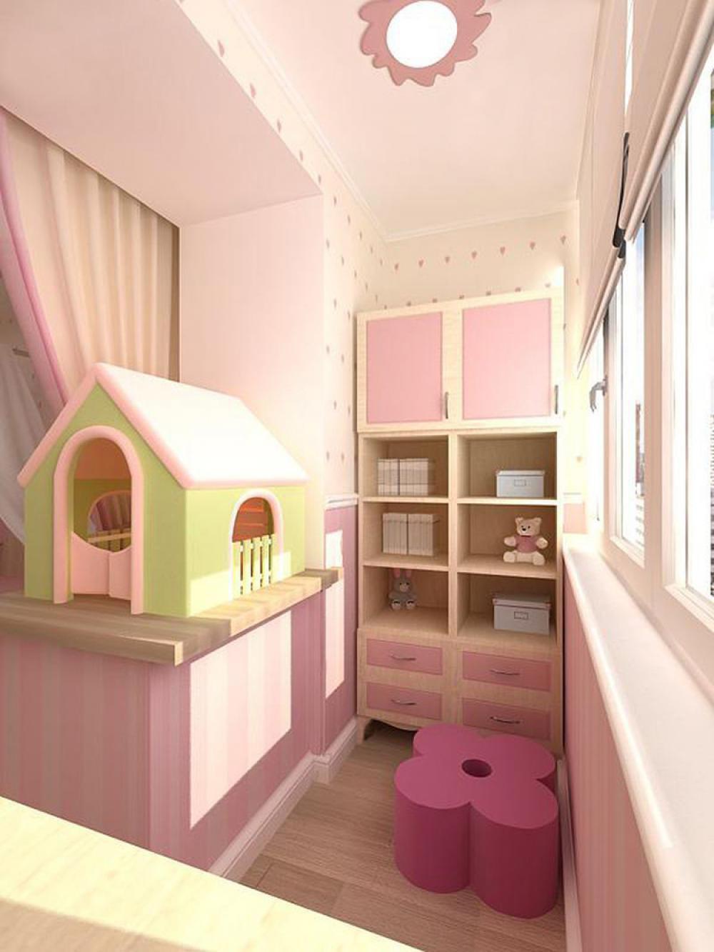 Детская комната на балконе, лоджии или веранде.