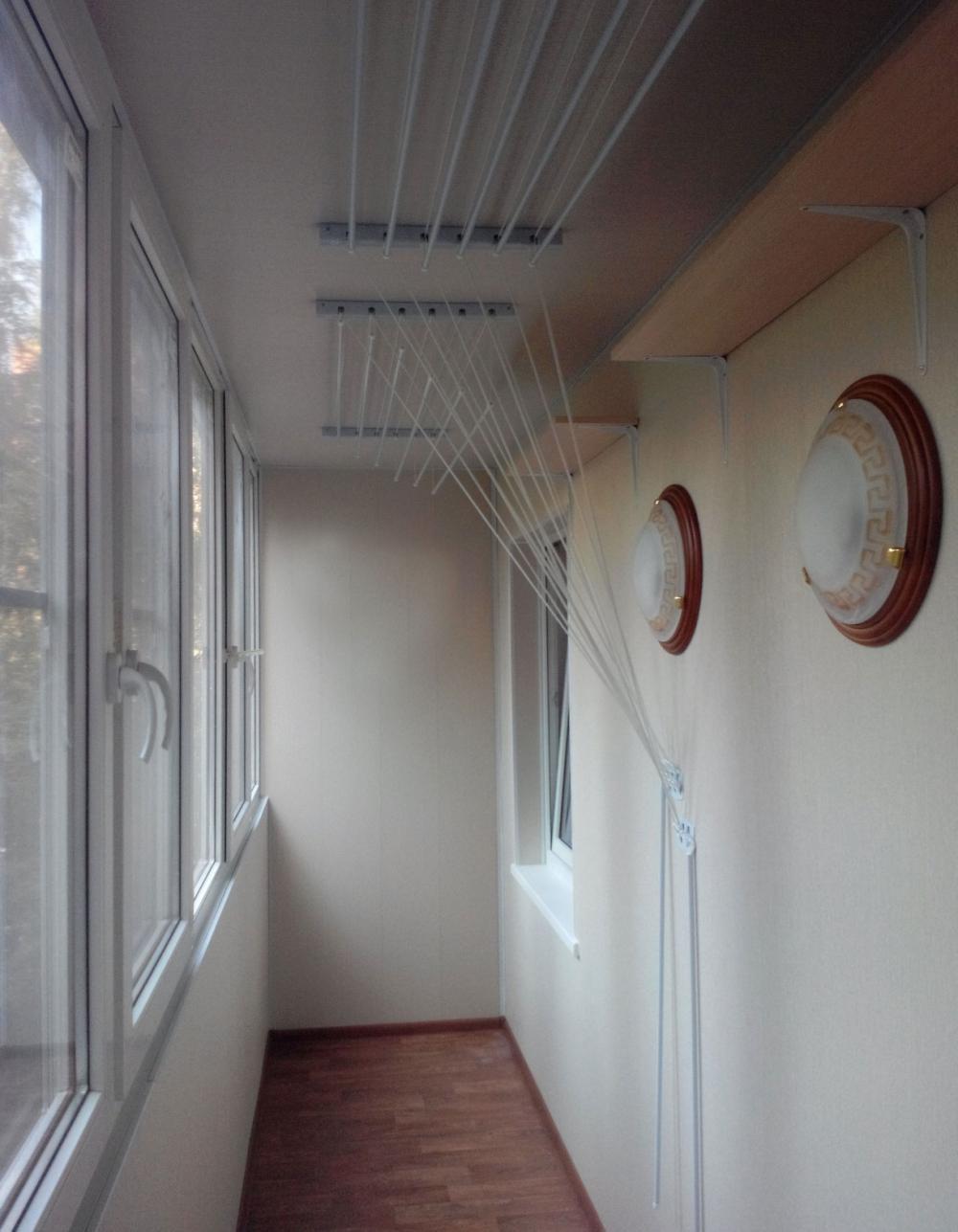 Примеры отделки балконов и лоджий гипсокартоном.